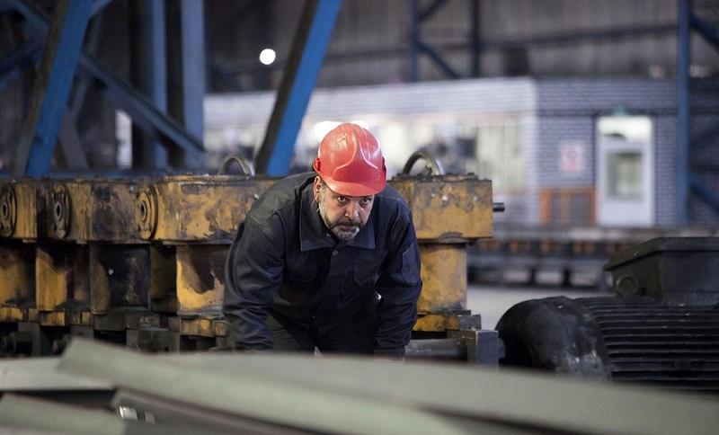 «کارگر» و فولاد مثبت 100 درجه