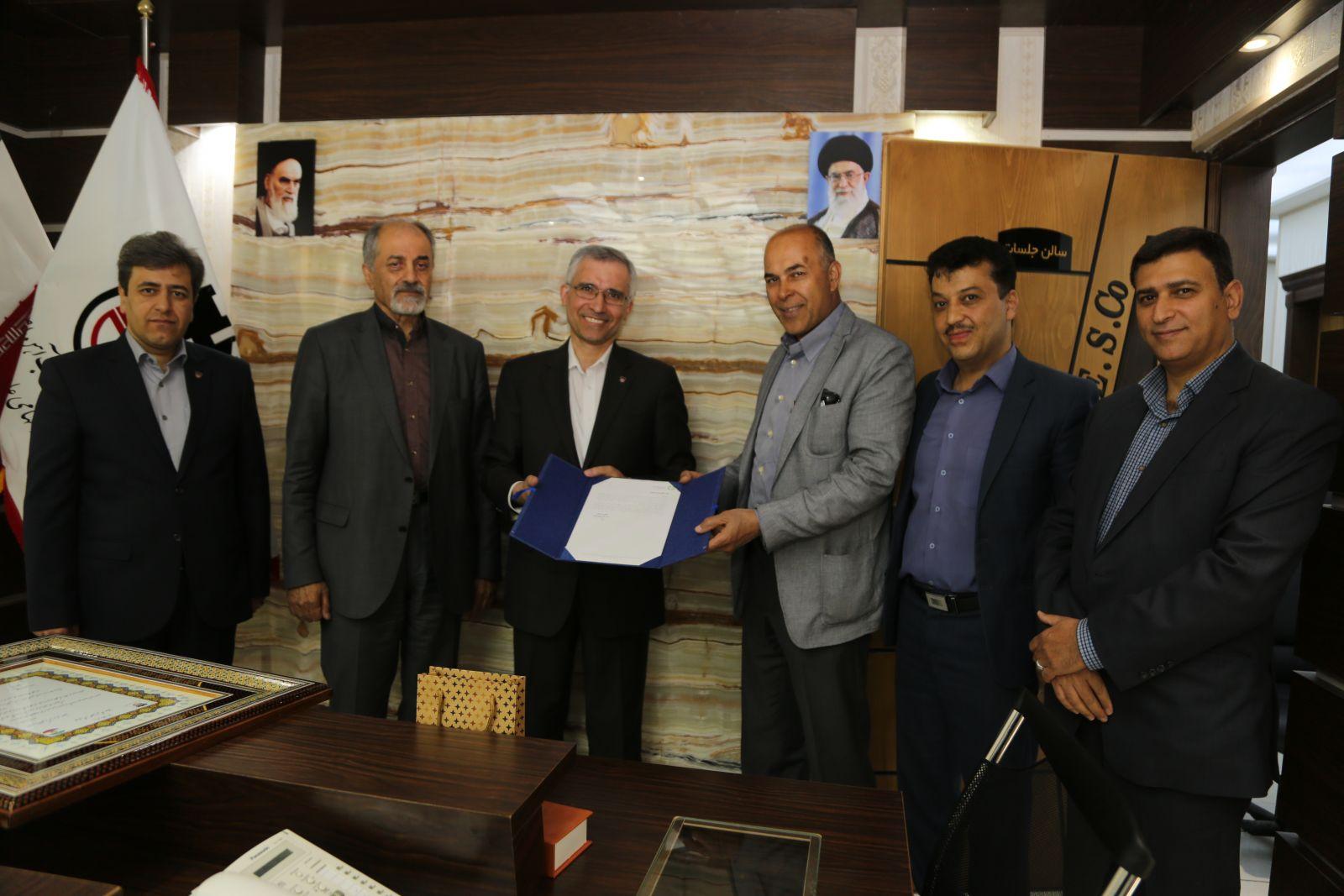 دکتر علی احمدیان رئیس هیات مدیره ذوب آهن اصفهان شد