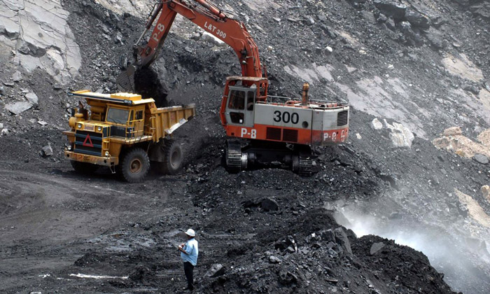 سنگآهن و قراضه ارزان شدند/ زغالسنگ گران شد